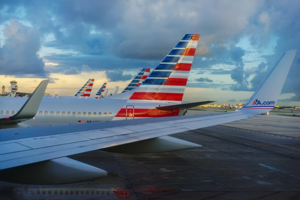 American Airlines Swot High Leverage Overshadows Its