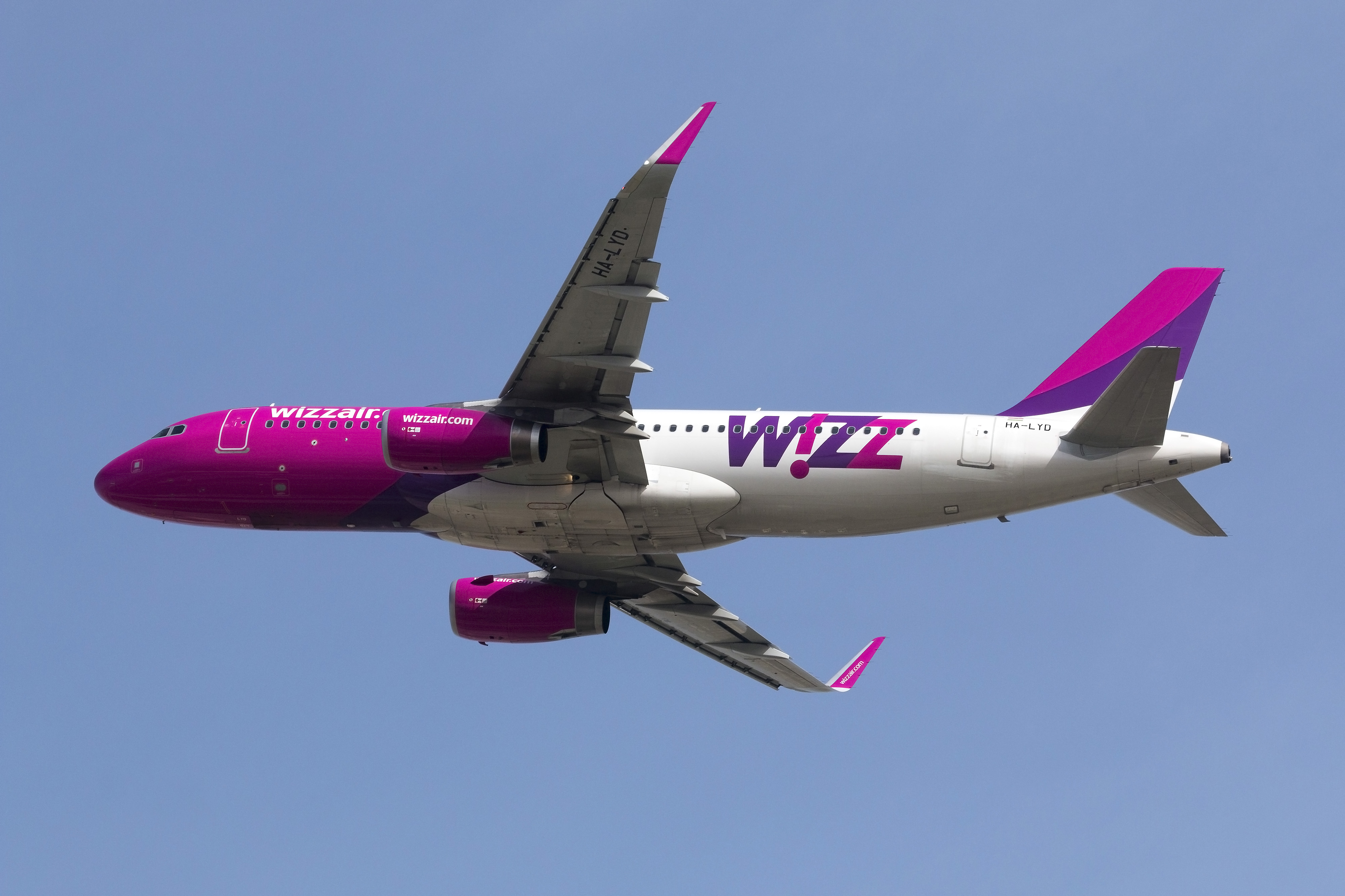 Wizz Air Fastest Growing Top 20 European Airline Group Keeps Ryanair At Bay On E C Europe W Europe Capa