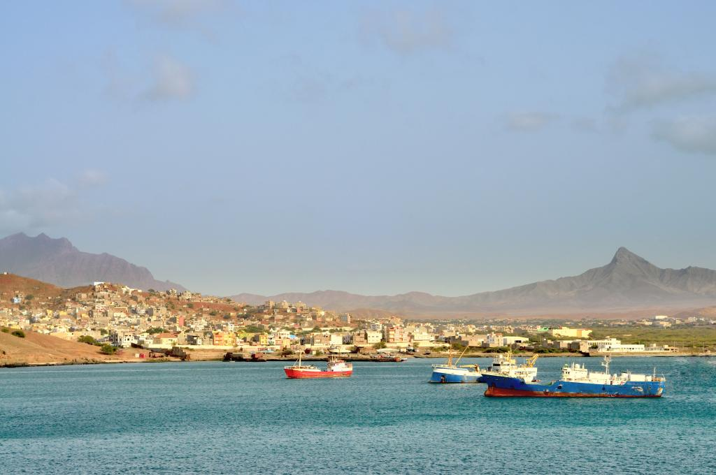 Cape Verde Islands: government seeks concessionaires for its airports